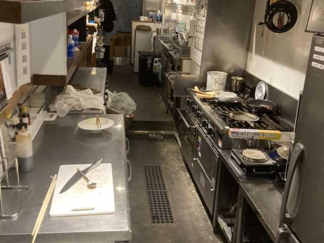 【シェアキッチン】東京都港区六本木7丁目のワインバル「ゴーストレストラン物件情報」