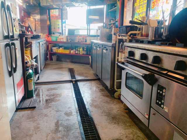 【間借り飲食店の店舗物件情報】埼玉県川口市並木2丁目のスタンディングバー